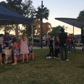 Thanks to all who came & were part of the Youth Markets last night 🌟 check out all the pics on our FB album. Lots more Youth Week activities on @shellharbouryouthservices #youngshellharbour #youthweek2019 #youthmarkets #markets #loveshellharbour #youth #civicsquare